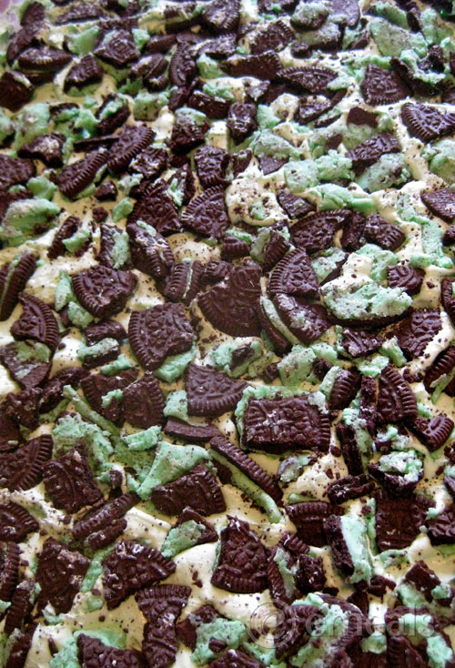 Iced-Mint-Oreo-Brownie-Recipe-eMeals