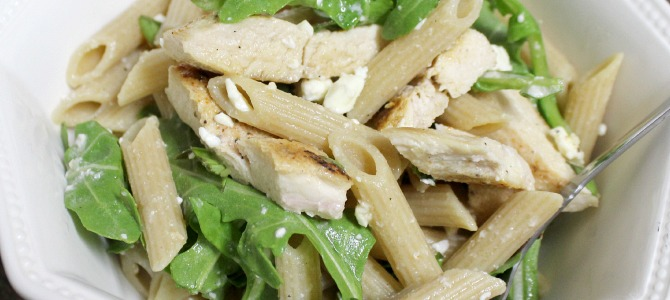 Low-Calorie Chicken and Feta Pasta