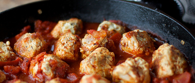 Paleo Turkey-Bacon Meatballs with Tomato Sauce