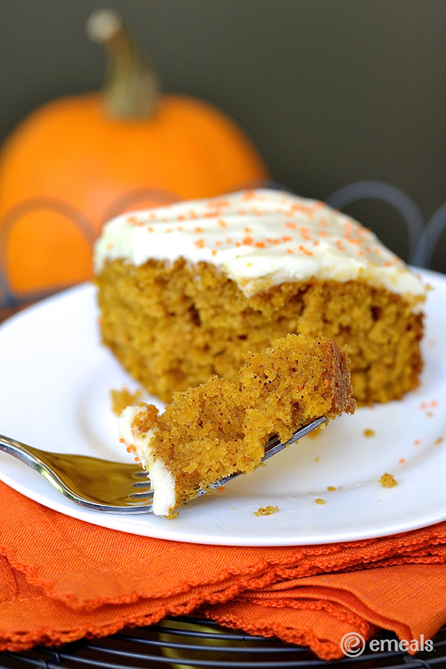 Pumpkin Cake Bars - Halloween Menu - eMeals