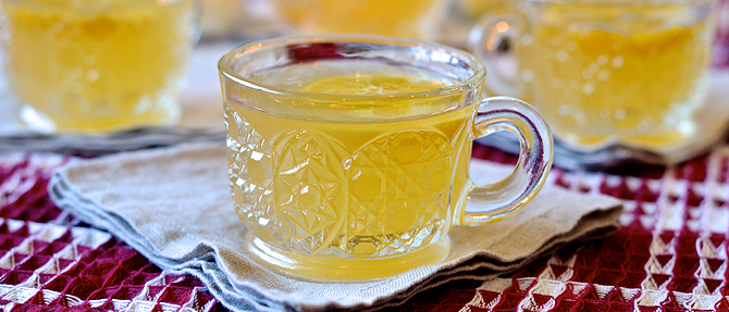 Lemon-Orange Wassail + a Holiday Menu for Dave Ramsey