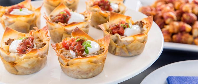 Bowl Game Miniature Taco Cups