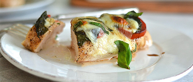 How to Make Clean Eating Baked Caprese Chicken